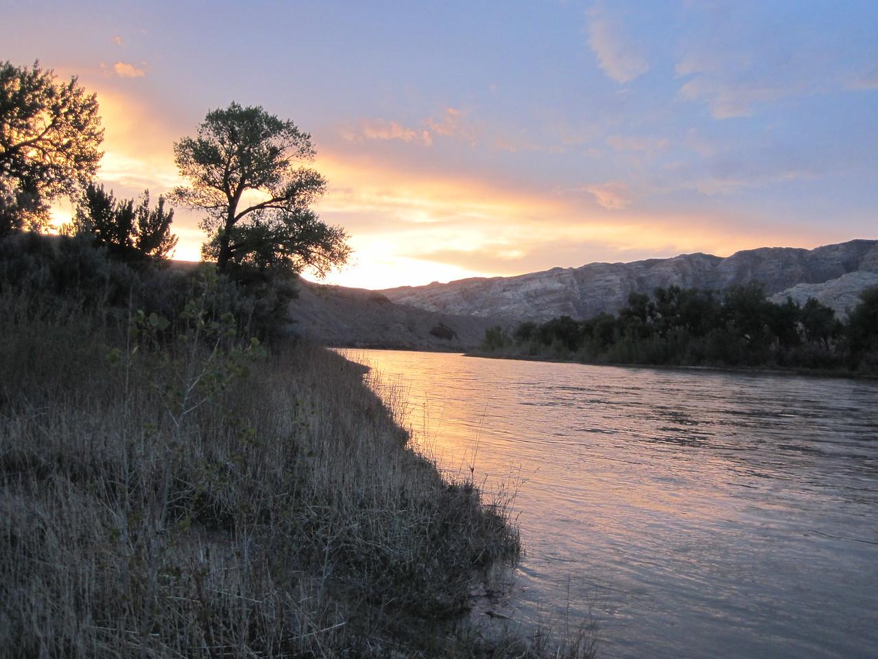 Sunset on the Green River<br /> Dinosaur National Monument.