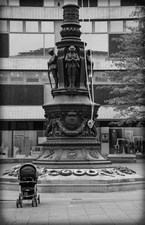 War Memorial, Barker's Pool, Sheffield