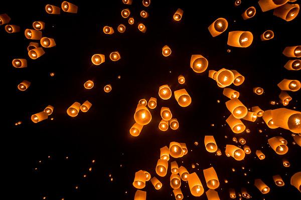 The Lantern Release: Yi Peng Festival, Chiang Mai