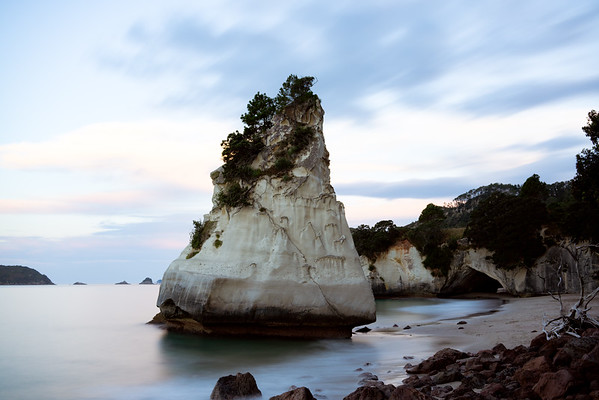 Te Hoho Rock / Cathedral Cove