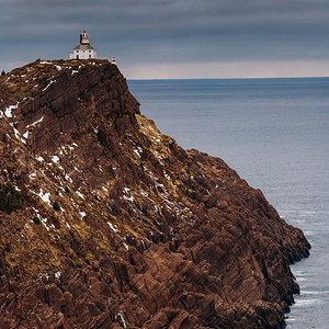 Cap[e Spear Lighthouse - Perched on The Rock