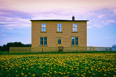 Yellow House, Ochre Pit Cove