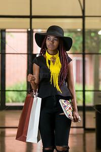 UmuziStock_Shopping_in_Newtown_133