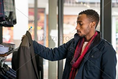 UmuziStock_Shopping_in_Newtown_141