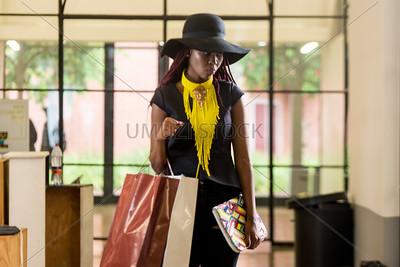 UmuziStock_Shopping_in_Newtown_132