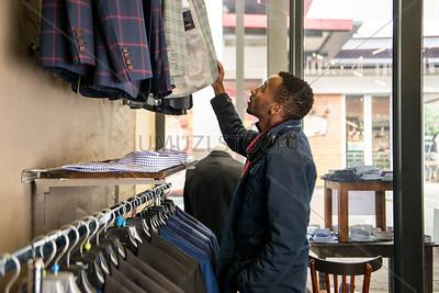 UmuziStock_Shopping_in_Newtown_137