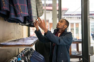 UmuziStock_Shopping_in_Newtown_140
