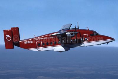 New York Air Connection (Colgan Air 1st) Shorts SD3-30 N331SB (msn SH.3015) MNZ (Jay Selman). Image: 400037.