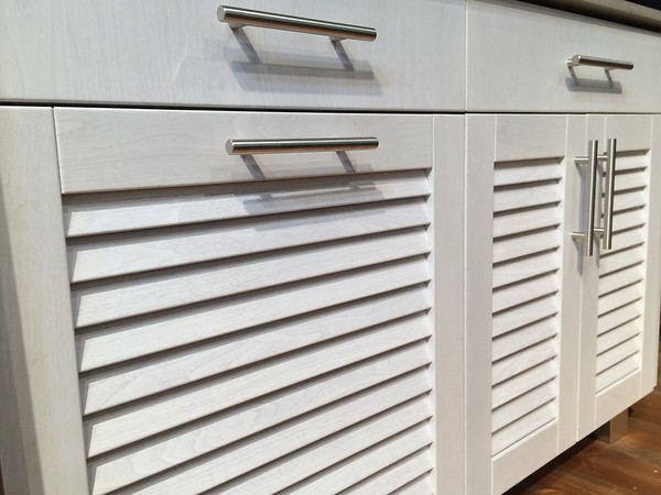 White Wood Grain Powder Coat on Louver Doors