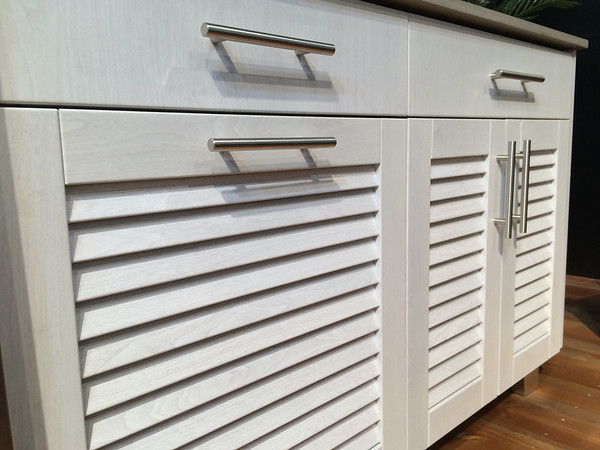 White Wood Grain Powder Coat on Louver Doors