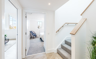 20201007 Cala Homes - Boroughmuir - Plot 74 - downstairs hall - 001
