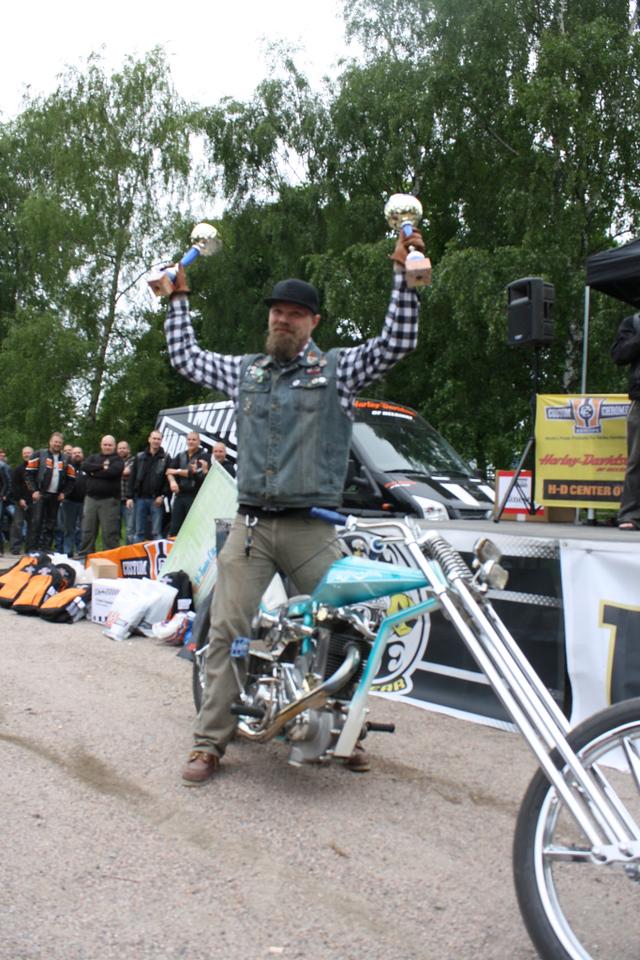 Chopper -luokan 1. sija ja Best Paint lluokan voittaja: Jude Packalen - BSA