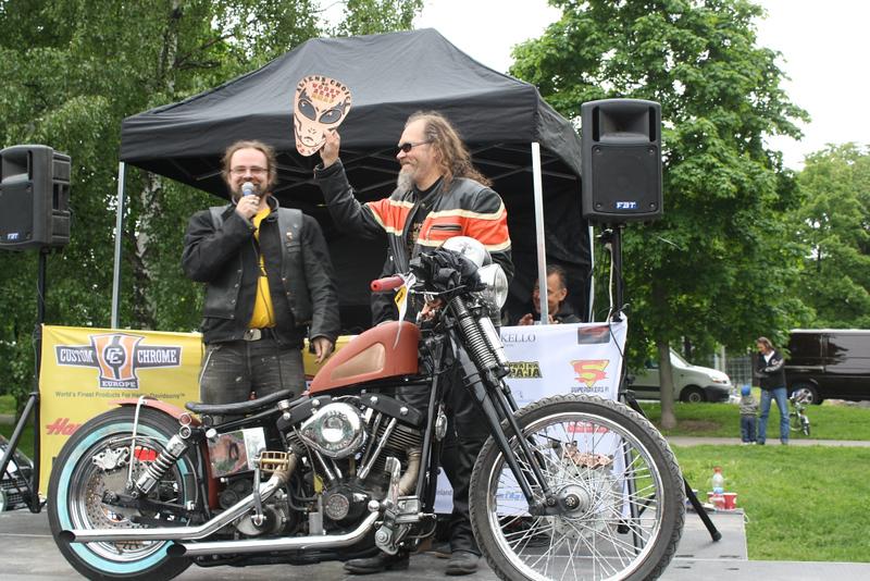 Worst seat award by CHANCEY77 Custom Leather: Arto Vestman - Shovelhead '76