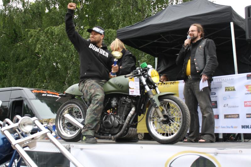 Cafe Racer -luokan 2. sija: Teppo Väisänen - Suzuki