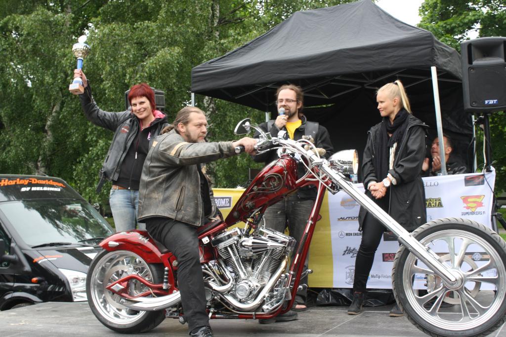 People's choice -luokan eli yleisöäänestyksen voittaja: Anne Nyman - VLMC Chopper