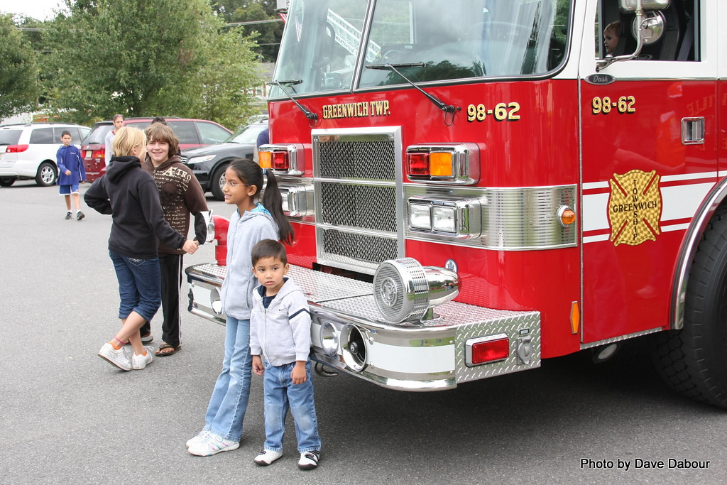 CommunityDay2009-98Fire 9-26-2009 2-43-45