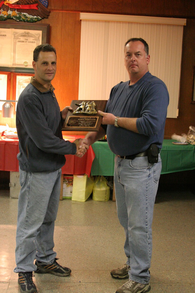 Scott Ferguson accepts firefighter of the year award for 2007