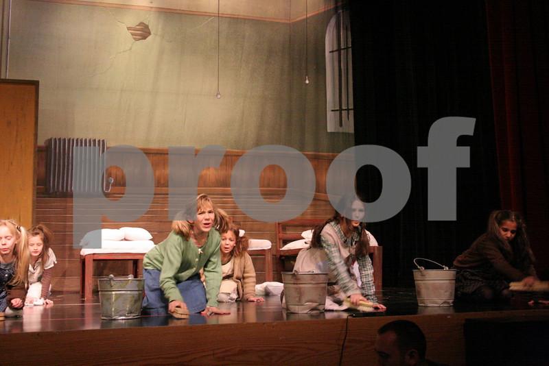 AnnieJrTechThu 11-12-2009 7-25-09 PM