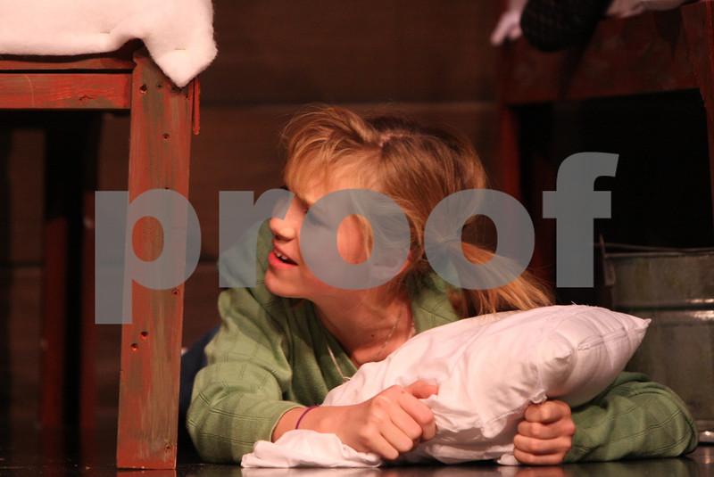 AnnieJrTechThu 11-12-2009 7-19-08 PM
