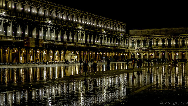 Venice by A Rainy Night, Piazza San Marco