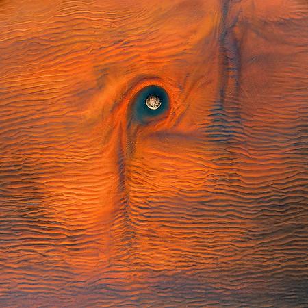Eye of Moeraki