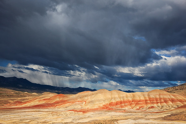 Painted Hills Storm, Oregon