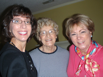 Jenny and Martha visit Mom in Winston-Salem before attending Kris' shower on Salem's campus.
