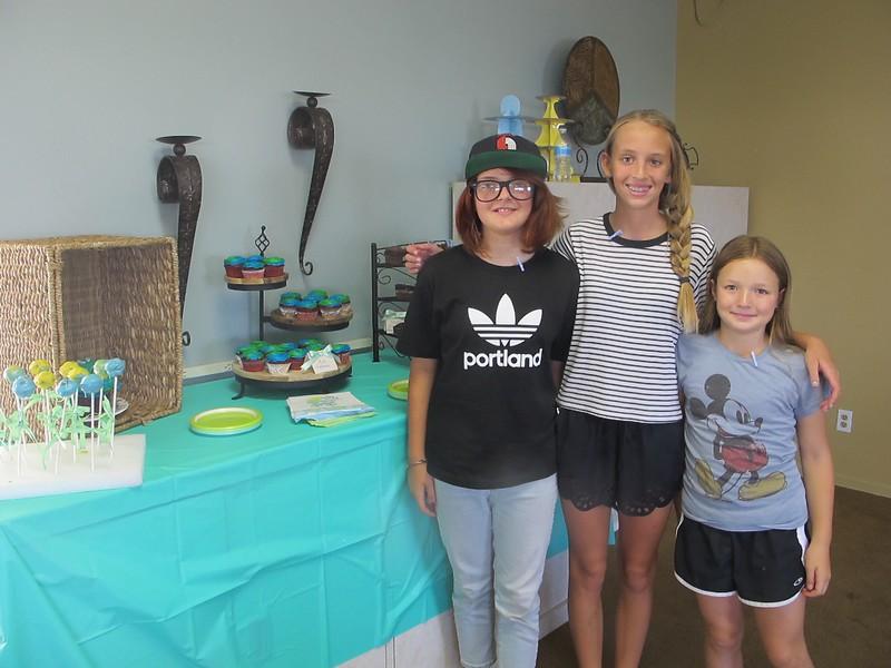 Eleni, Bailey and Danica