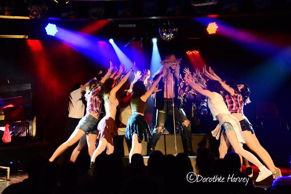 Show, music, dance
