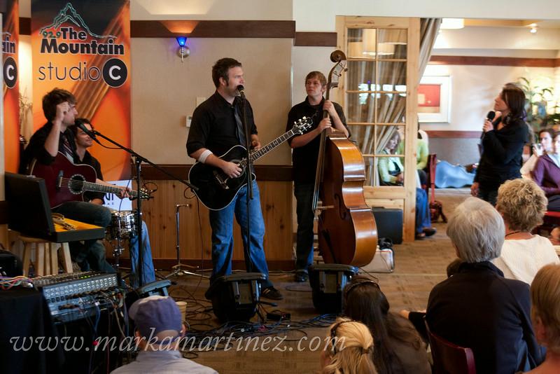 Tucson, Az; KWMT; 92.9 the Mountain; Jennie Grabel; Studio C; October Green Tour; Ryanhood; Acacia