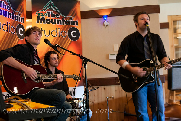 Tucson, Az; KWMT; 92.9 the Mountain; Jennie Grabel; Studio C; October Green Tour; Ryanhood; Acacia