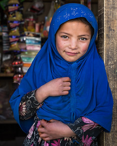 Young Shopper (Kashmir, India)