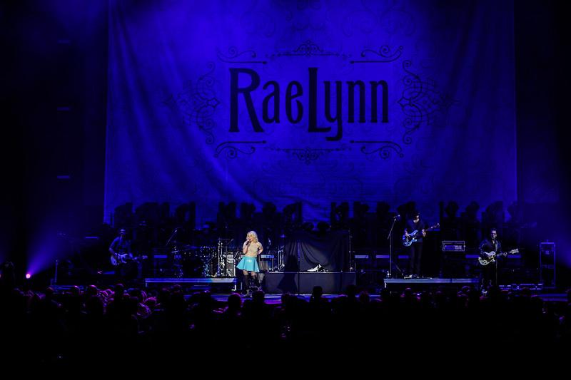 RaeLynn opens for Miranda Lambert in Tacoma Washington February 13th, 2015 (Photo by Matthew Lamb / matthewlambphotography.com).