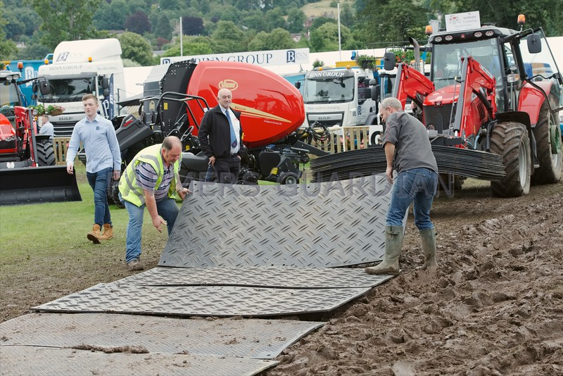 Laying down pathways at Perth Show