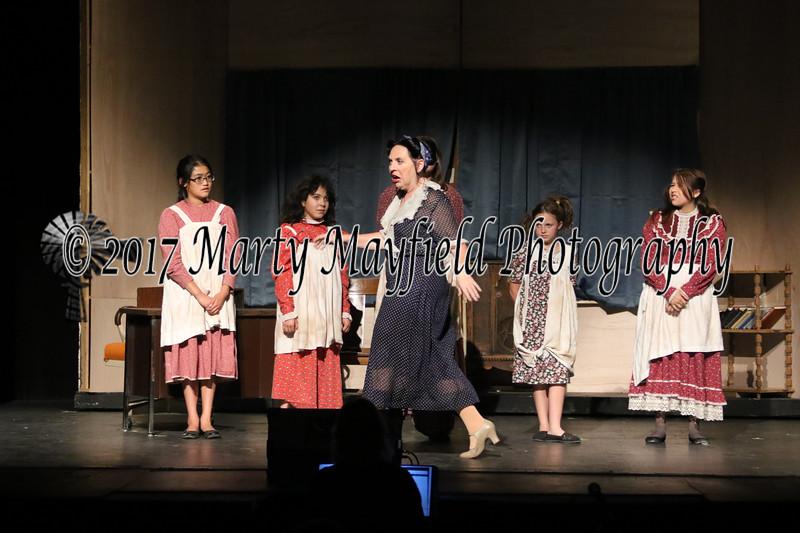 Annie 6-23-17-3199