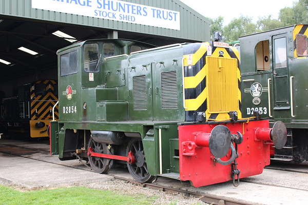D2854 at Rowsley. 03.09.17