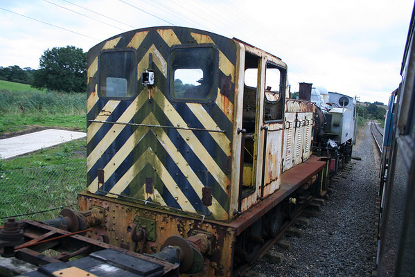 03024 in the sidings at Rolvenden, 07.09.08