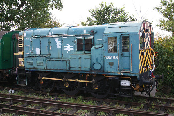 09004 awaits repairs at Hayes Knoll on the Swindon & Cricklade Railway. 02.10.10.