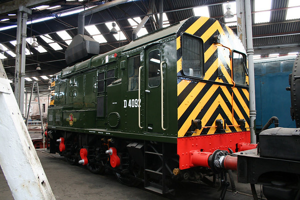 D4092 at Barrow Hill after external overhaul. 10.06.06