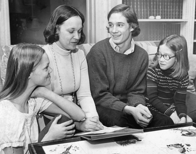 Jessie, Mrs. Louis Hill, Tom and Ann. 12-6-74
