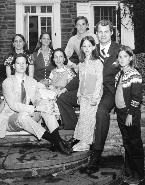 Sen. Lou Hill and family at 6610 Wissahickon Ave. Left to right front: Crawford, 23; Mrs. Jane Hill; Ann, 9; Sen. Hill; Charloette, 11. In rear: Mrs. Lyn Hill, daughter in law; Jessie Hill, 20 ; Tommy Hill, 18. Sam Psoras, Daily News. Published May 11, 1975