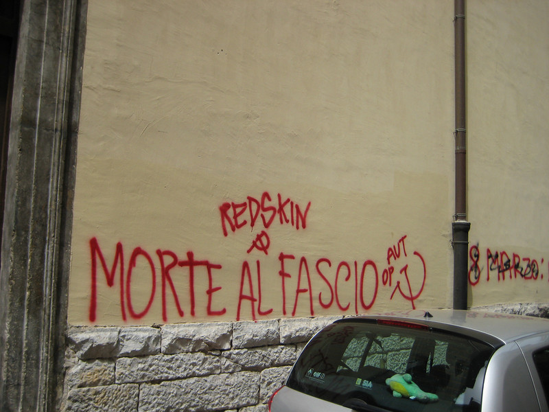 Palermo, Albergheria Quarter, death to fascists