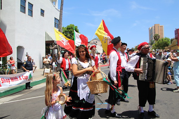 Images from folder Sicilian Festival 2014