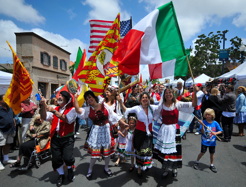 Entertainment, Group with Flags