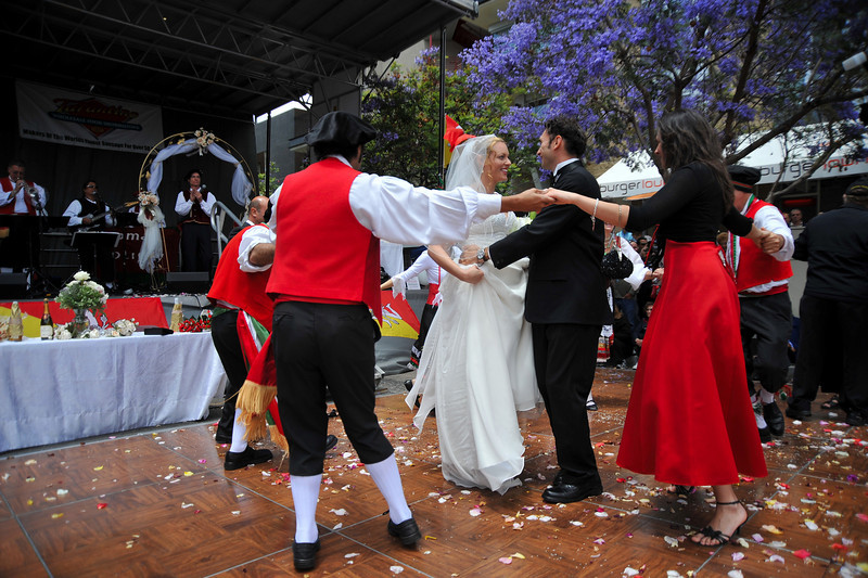 Siciilian Wedding, Salute to Couple