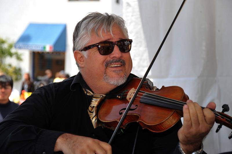 Entertainment, Violin Gypsy Sicilian Jazz
