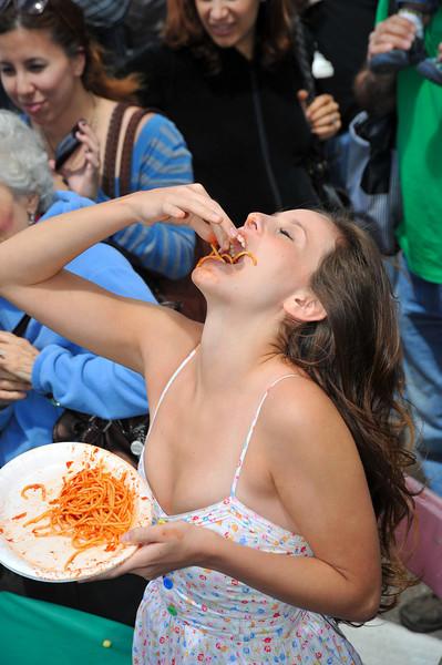 Entertainment, Pasta Contest Girl