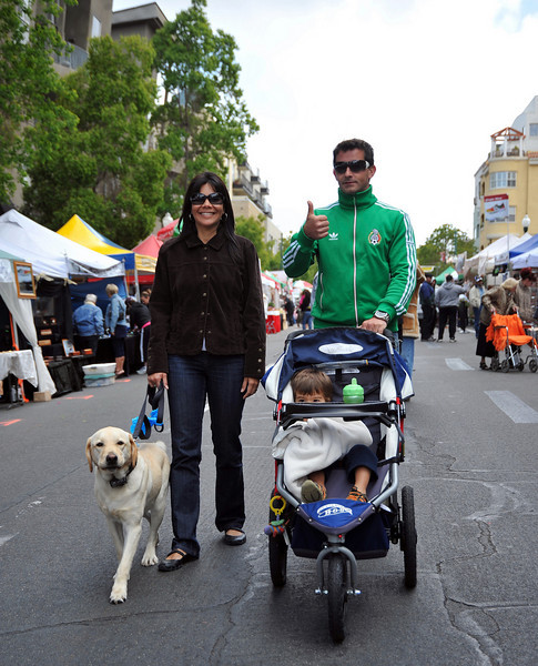 Crowd, Family with Dog