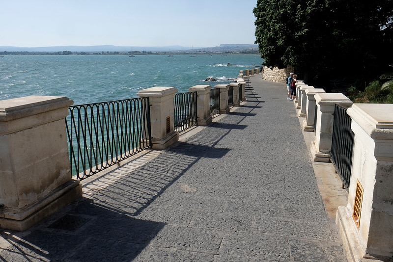 Seawall, Ortygia