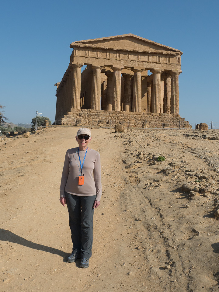 Eleanor at the Temple of Concordia (430 BCE)
